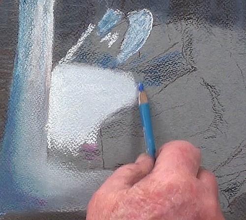 drawing-a-swan-in-pastel-body-wings